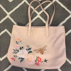 Honeybee and her flowers shoulder bag